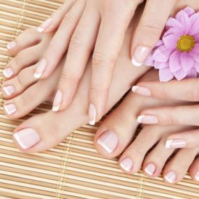 Natural Nail Services For Feet